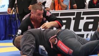 Lovato Jr vs. Elliot Kelly – Finals of the Super Heavy Master 1 Black Belt